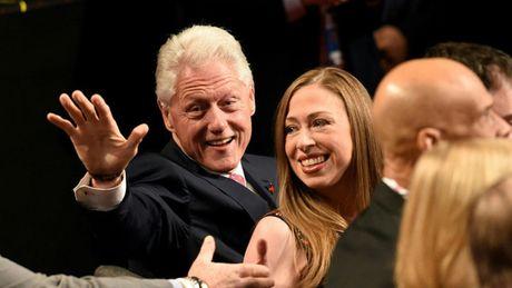 Hinh anh tran quyet dau cuoi cung cua ba Clinton va ong Trump - Anh 8