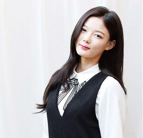 Ly do khien 'em gai quoc dan' Kim Yoo Jung duoc nguoi nguoi yeu men - Anh 8
