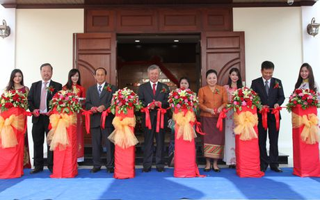Khanh thanh tru so Tong Lanh su quan Viet Nam tai Bac Lao - Anh 1