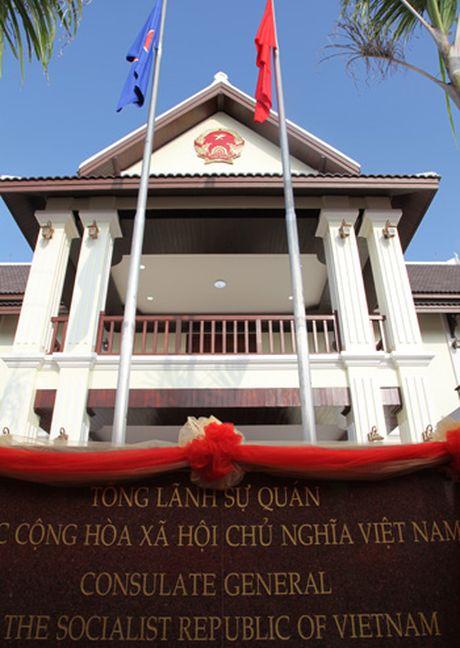 Khanh thanh tru so Tong Lanh su quan Viet Nam tai Bac Lao - Anh 2