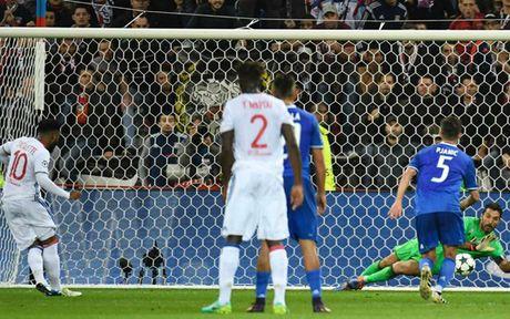 Man City 'thong tri' doi hinh te nhat luot tran 3 Champions League - Anh 10