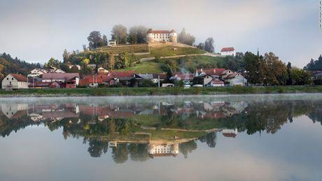 Vo Donald Trump: Thoi tho au o Slovenia toi tham vong de nhat phu nhan - Anh 2