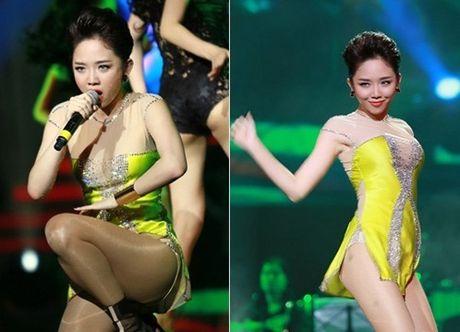 Sao nu Viet khong ngai mang mot 'quan sieu ngan' len san khau - Anh 6