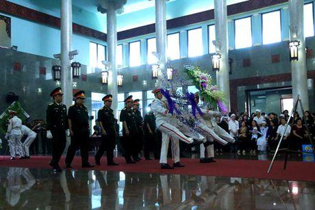 Le vieng 3 phi cong hy sinh trong vu may bay roi o Ba Ria-Vung Tau - Anh 1
