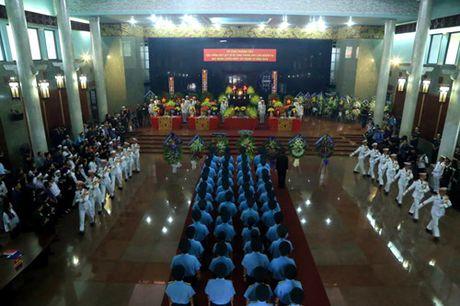 Le vieng 3 phi cong hy sinh trong vu may bay roi o Ba Ria-Vung Tau - Anh 4