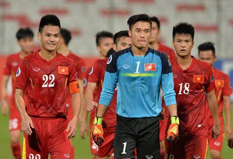 Cu dan mang 'phat cuong' voi chien tich lich su cua U19 Viet Nam - Anh 1