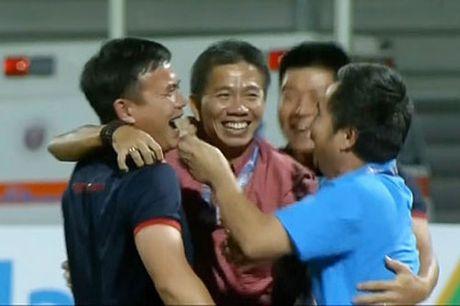 Cu dan mang 'phat cuong' voi chien tich lich su cua U19 Viet Nam - Anh 2