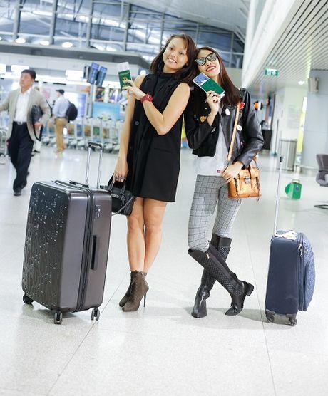 Mai Ngo mat moc cung Lan Khue bay di Han du show - Anh 2