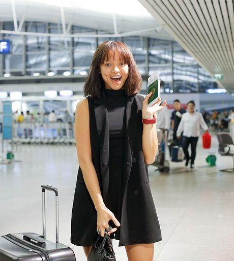 Mai Ngo mat moc cung Lan Khue bay di Han du show - Anh 5