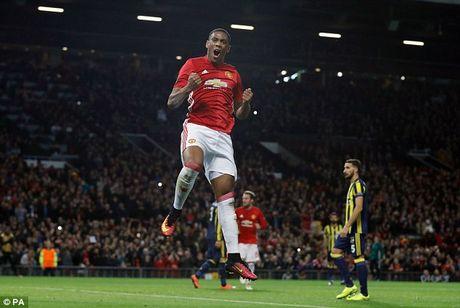 Jose Mourinho ly giai ve viec bo roi Henrikh Mkhitaryan - Anh 3