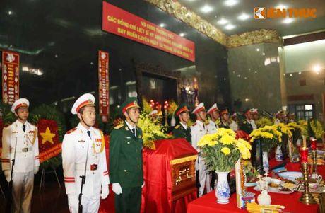 Le tang 3 phi cong hi sinh vi may bay truc thang roi o BR-VT - Anh 2