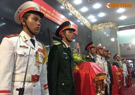 Le tang 3 phi cong hi sinh vi may bay truc thang roi o BR-VT - Anh 9