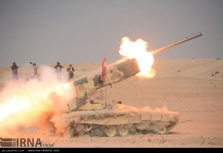 Phao phan luc TOS-1A oanh tac Mosul, quan IS 'het duong song' - Anh 1