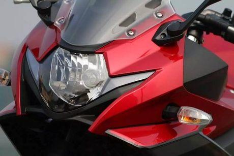 Can canh sportbike Suzuki GSX-250R 'dau' Yamaha R25 - Anh 3