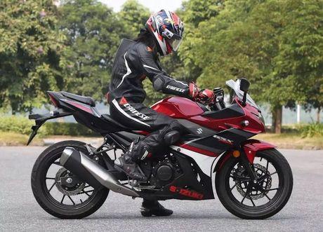 Can canh sportbike Suzuki GSX-250R 'dau' Yamaha R25 - Anh 4