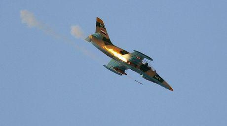 Nong mat vi bi coi thuong, quan Assad tung canh bao on lanh - Anh 1