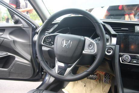 Honda Civic 2017 vua ra mat tai Viet Nam co gi? - Anh 10