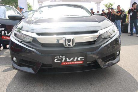 Honda Civic 2017 vua ra mat tai Viet Nam co gi? - Anh 5