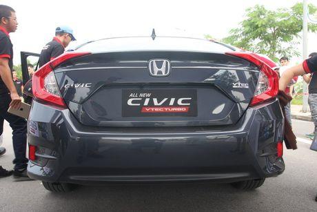 Honda Civic 2017 vua ra mat tai Viet Nam co gi? - Anh 6