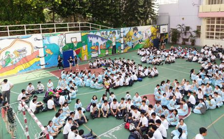 Ha nhiet lan song du hoc Hong Kong - Anh 1
