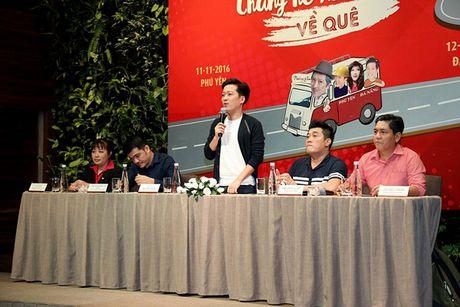 Truong Giang danh live show 'Chang he xu Quang 2' tri an khan gia mien Trung - Anh 1