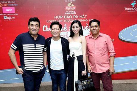 Truong Giang danh live show 'Chang he xu Quang 2' tri an khan gia mien Trung - Anh 2