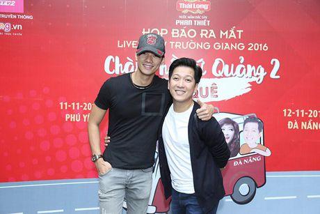 Truong Giang danh live show 'Chang he xu Quang 2' tri an khan gia mien Trung - Anh 6