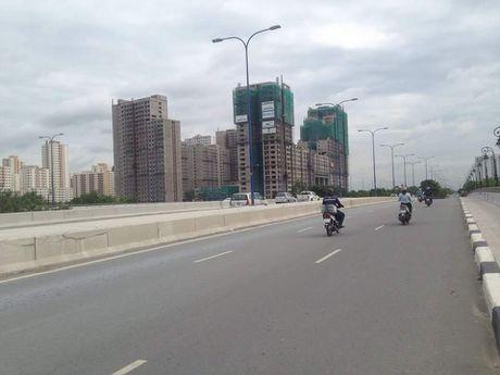 KDT Thu Thiem TP. Ho Chi Minh: Cham tien do vi… bien bao giao thong? - Anh 6