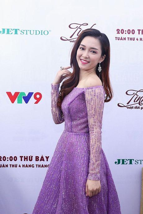 "Dinh Huong ""lieu minh"" thu suc voi nhac Trinh Cong Son - Anh 3"