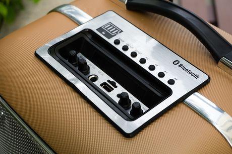 Can canh loa vali ho tro karaoke Soundmax M-6 - Anh 8