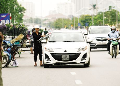 Hoa lan duong, tran via he trong Ngay Phu nu Viet Nam - Anh 4