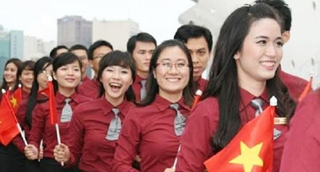 Tau Thanh nien Dong Nam A va Nhat Ban tro lai TP Ho Chi Minh - Anh 1