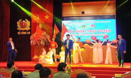 Dang uy Cong an Trung uong doi thoai voi thanh nien Cong an - Anh 1