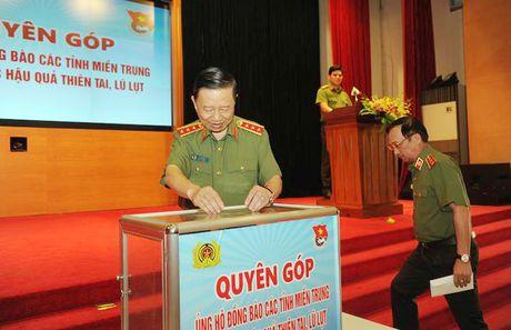 Dang uy Cong an Trung uong doi thoai voi thanh nien Cong an - Anh 3