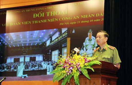 Dang uy Cong an Trung uong doi thoai voi thanh nien Cong an - Anh 6