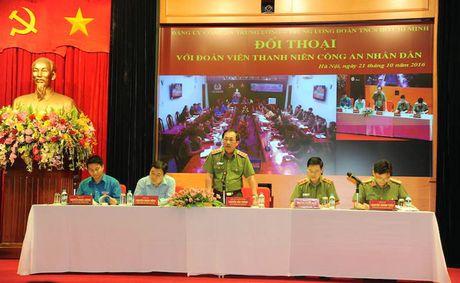 Dang uy Cong an Trung uong doi thoai voi thanh nien Cong an - Anh 7