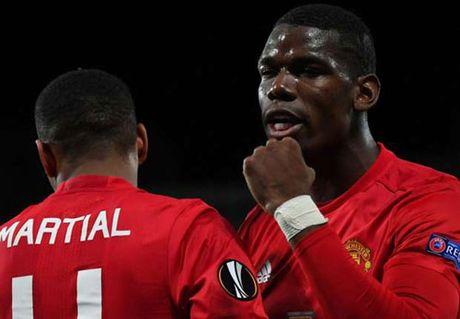 MU: Pogba toa sang, Mourinho tranh thu benh vuc - Anh 1