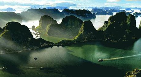 Vinh Ha Long, niem tu hao cua du lich Quang Ninh - Anh 1