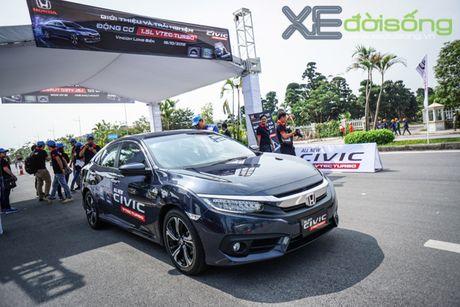 Trai nghiem ban dau the he Honda Civic moi sap ban tai Viet Nam - Anh 1