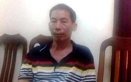 'Nu quai' van chuyen 10 banh heroin bi canh sat tom gon - Anh 2