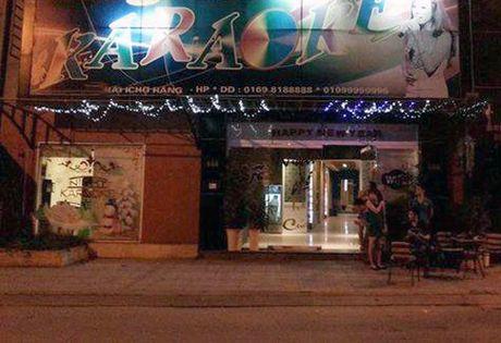 Soc: Hat karaoke o Hai Phong 1 nguoi chet, 4 nguoi cap cuu - Anh 1
