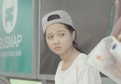 Lan Khue di chan dat, nhuong giay cho Mai Ngo toa sang trong MV cua Thanh Duy - Anh 15