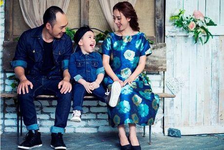 Thu Trang - Tien Luat 'phat hoang' truoc su nhang nhit cua con trai Andy - Anh 2