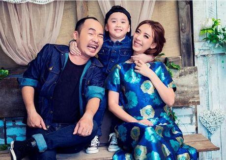 Thu Trang - Tien Luat 'phat hoang' truoc su nhang nhit cua con trai Andy - Anh 3