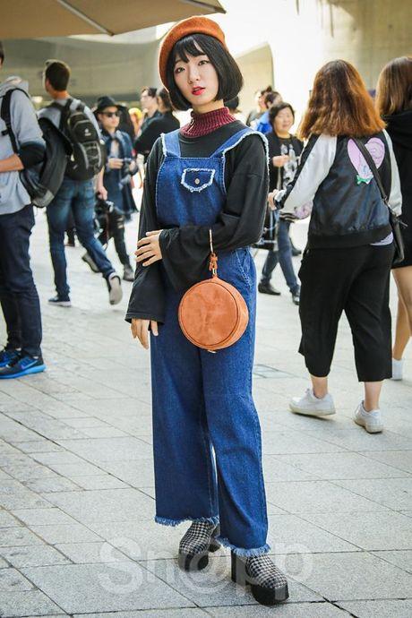 Mu noi chiem song loat street style tai Seoul Fashion Week - Anh 13