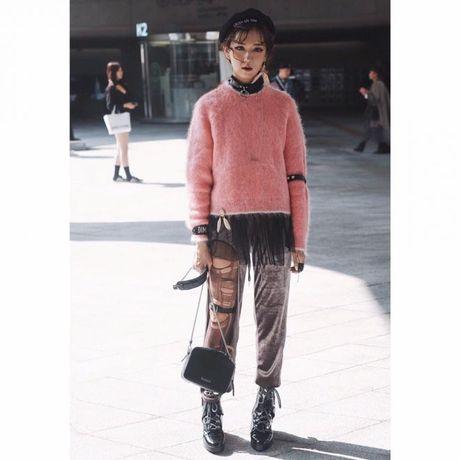 Mu noi chiem song loat street style tai Seoul Fashion Week - Anh 4
