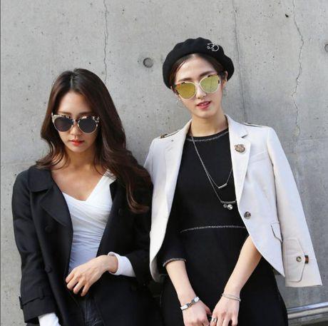 Mu noi chiem song loat street style tai Seoul Fashion Week - Anh 5