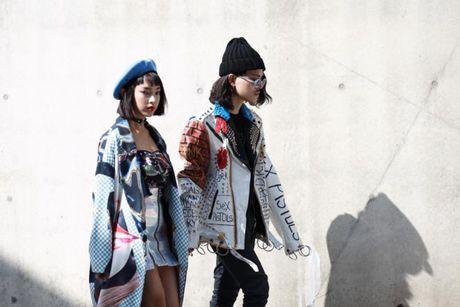 Mu noi chiem song loat street style tai Seoul Fashion Week - Anh 6