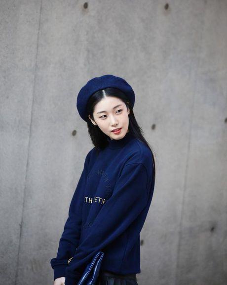 Mu noi chiem song loat street style tai Seoul Fashion Week - Anh 7