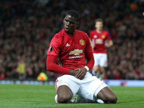 Nhuong penalty, 'dai ca' Rooney duoc 'dan em' ca ngoi - Anh 2